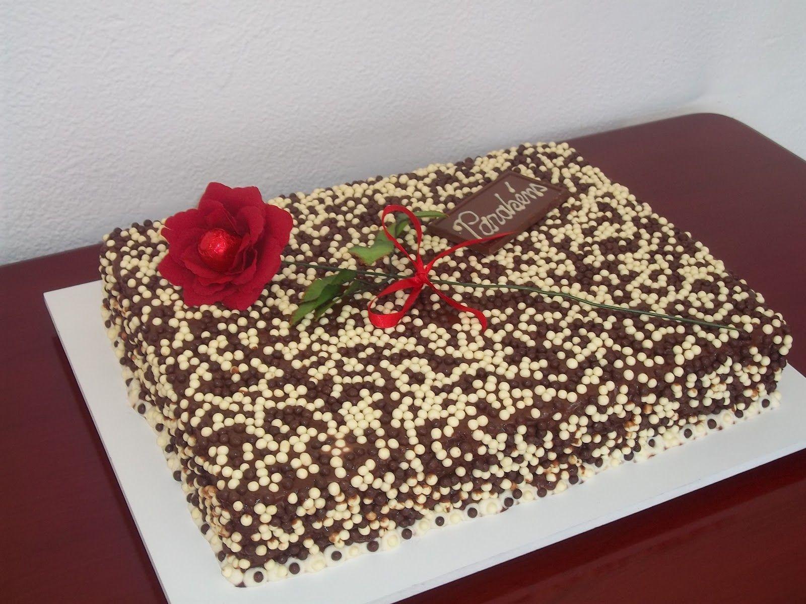 Bolos De Aniversario De Chocolate Faceis De Fazer Com Imagens
