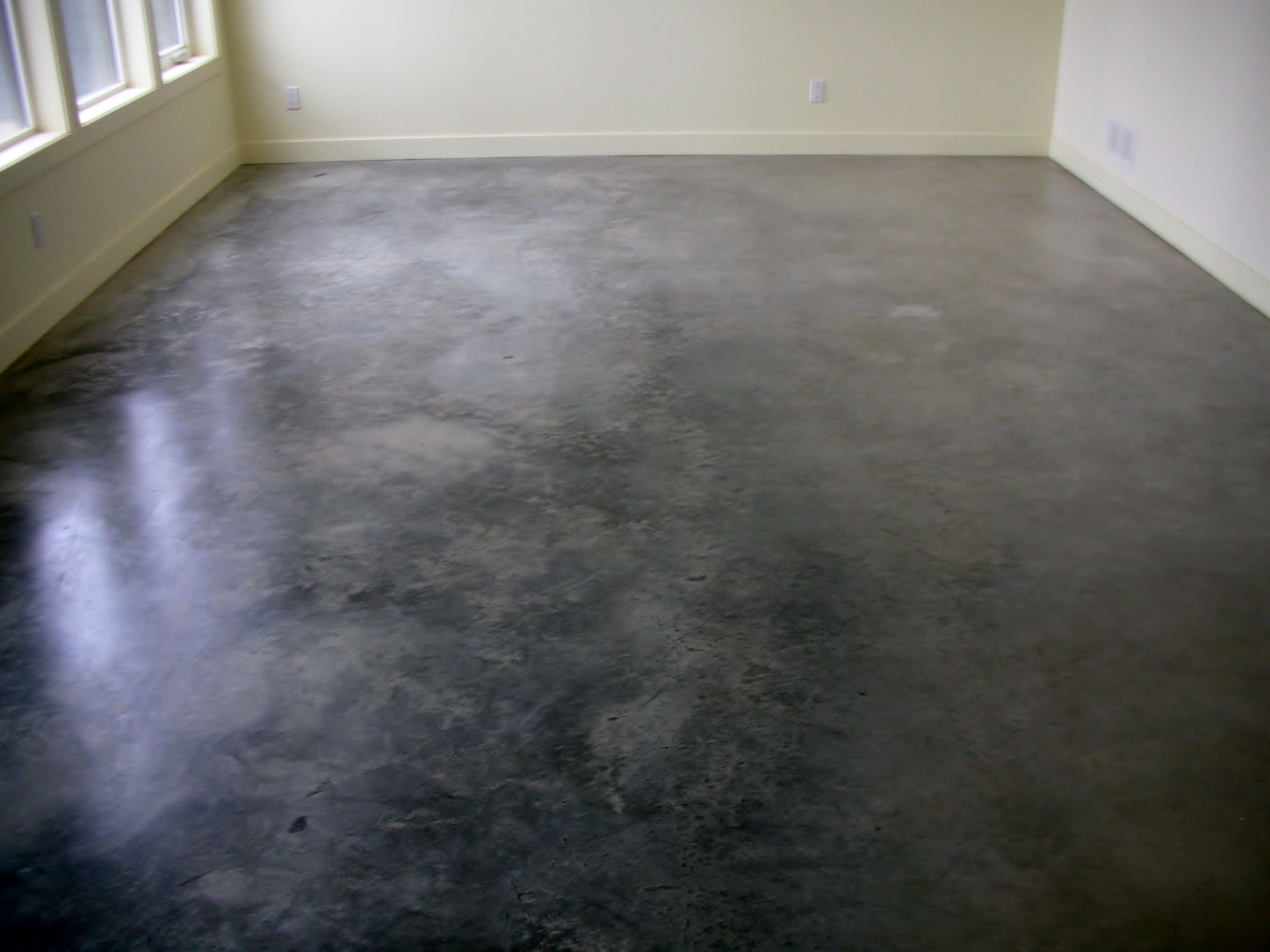 dark polished concrete floor. WE DONT WANT SHINEY BUT THIS IS A COOL BLACK/WORN LOOKING CONCRETE FLOOR Dark Polished Concrete Floor C
