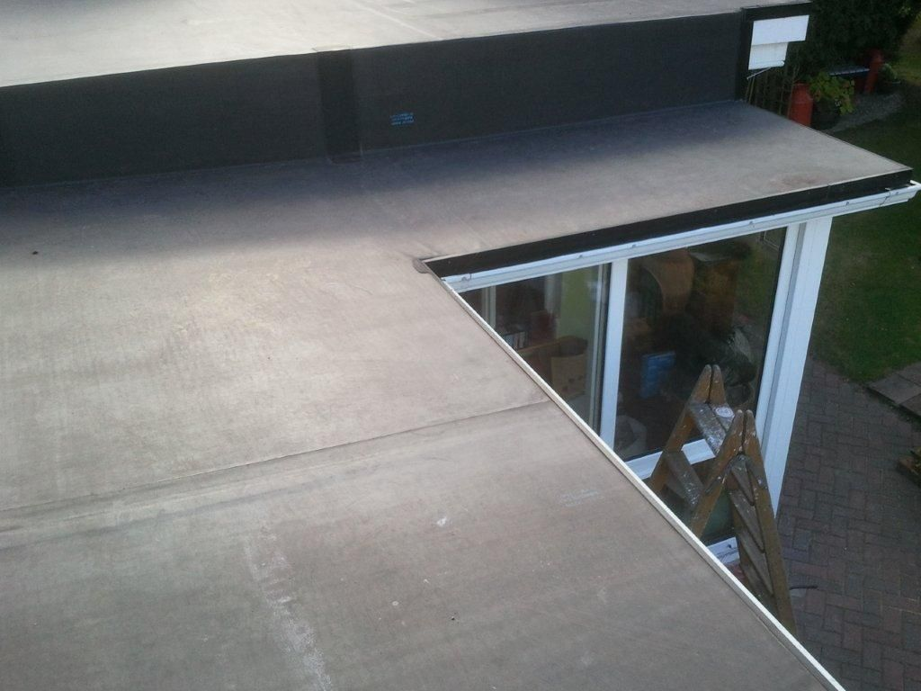 We changed the roof on this conservatory from polycarbon