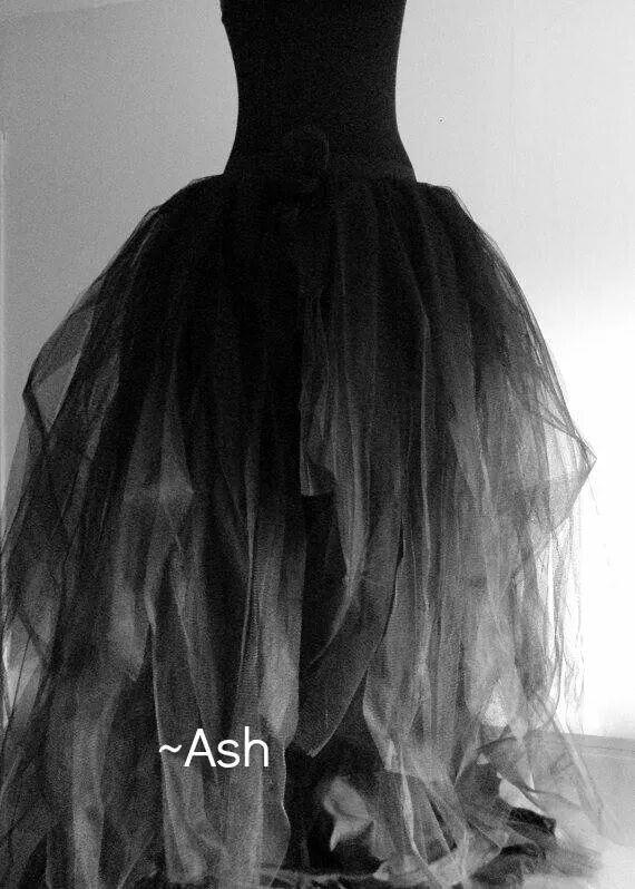 7f379d1db8e Black and white dress