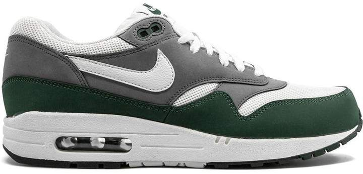 Pin By Miguel Cruz On Christmas Wish List 2019 Green Nike Shoes