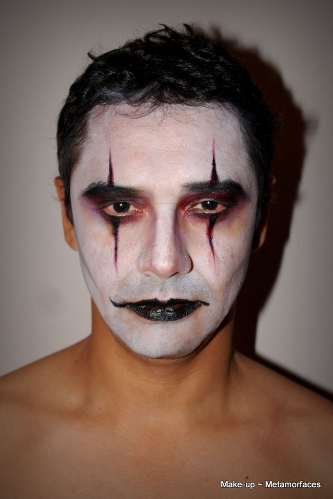 The Crow Inspired Makeup Clown Face Paint Halloween Creepy Clown Face Paint Face Painting Halloween Clown Faces