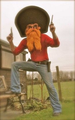 Yosemite Sam Costume with Long Beard //barnaclebill.hubpages.com/hub/yosemitesamhalloweencostume & Cool Yosemite Sam Costumes | Pinterest | Yosemite sam Long beards ...