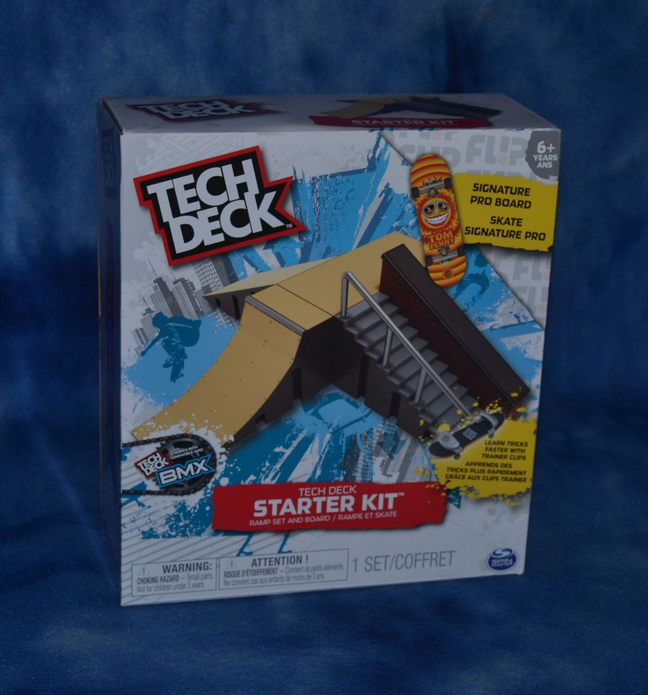 Tech Deck Starter Kit Ramp Set and Board TechDeck