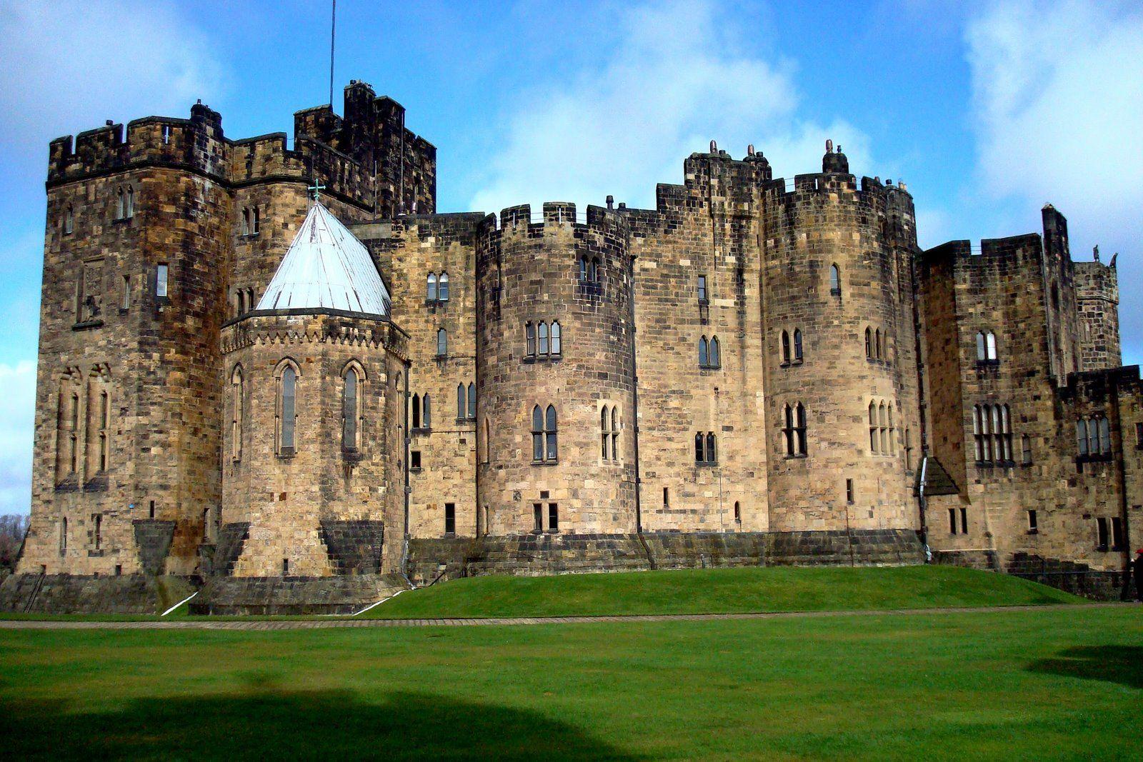 Alnwick Castle, Northumberland, U.K. | British Isles | Pinterest ...