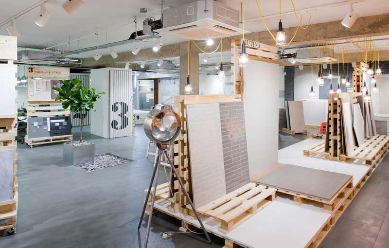 Tile Display Systems Floor Is Creta Large Format