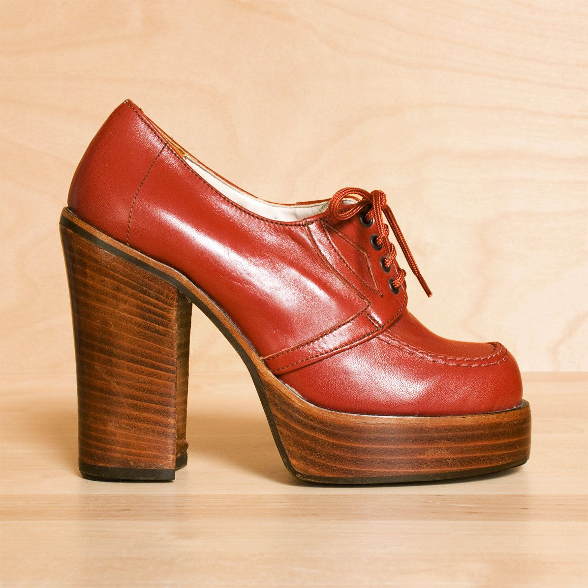 vintage 1970s platform shoes 5 5 burnt chunky