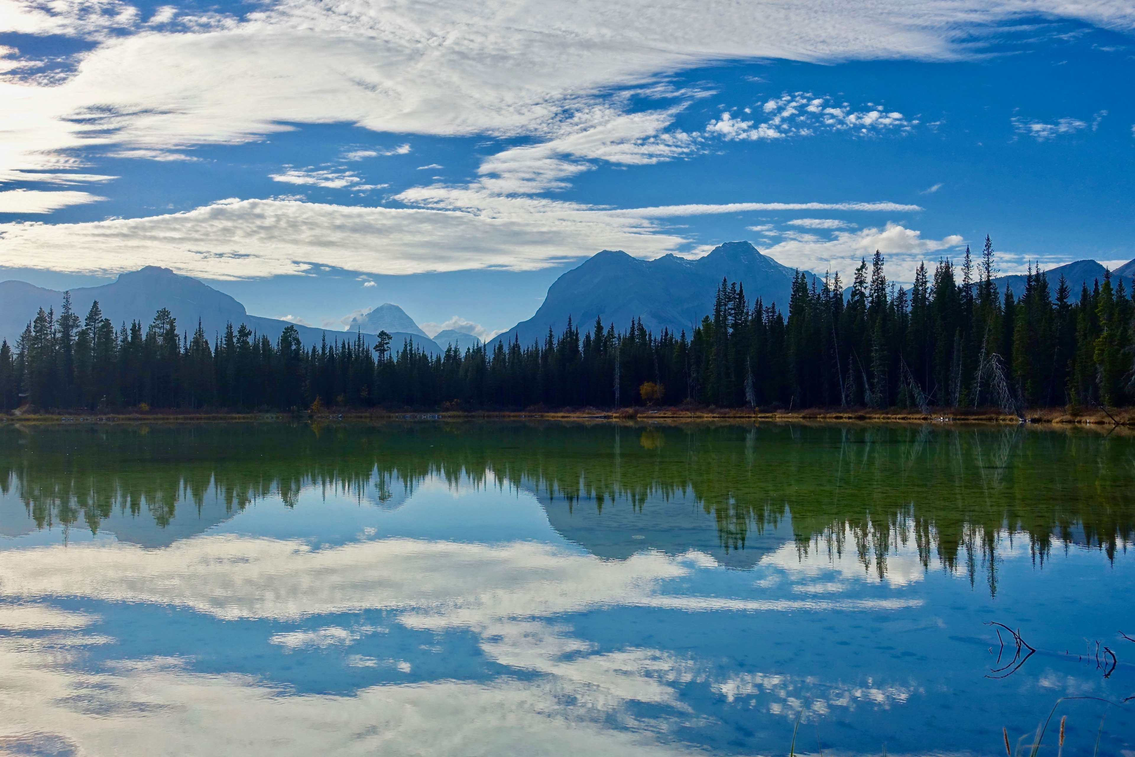 Lake Landscape Mountain Nature Outdoors Reflection River Scenic Tranquil Trees Water 4k Wallpaper
