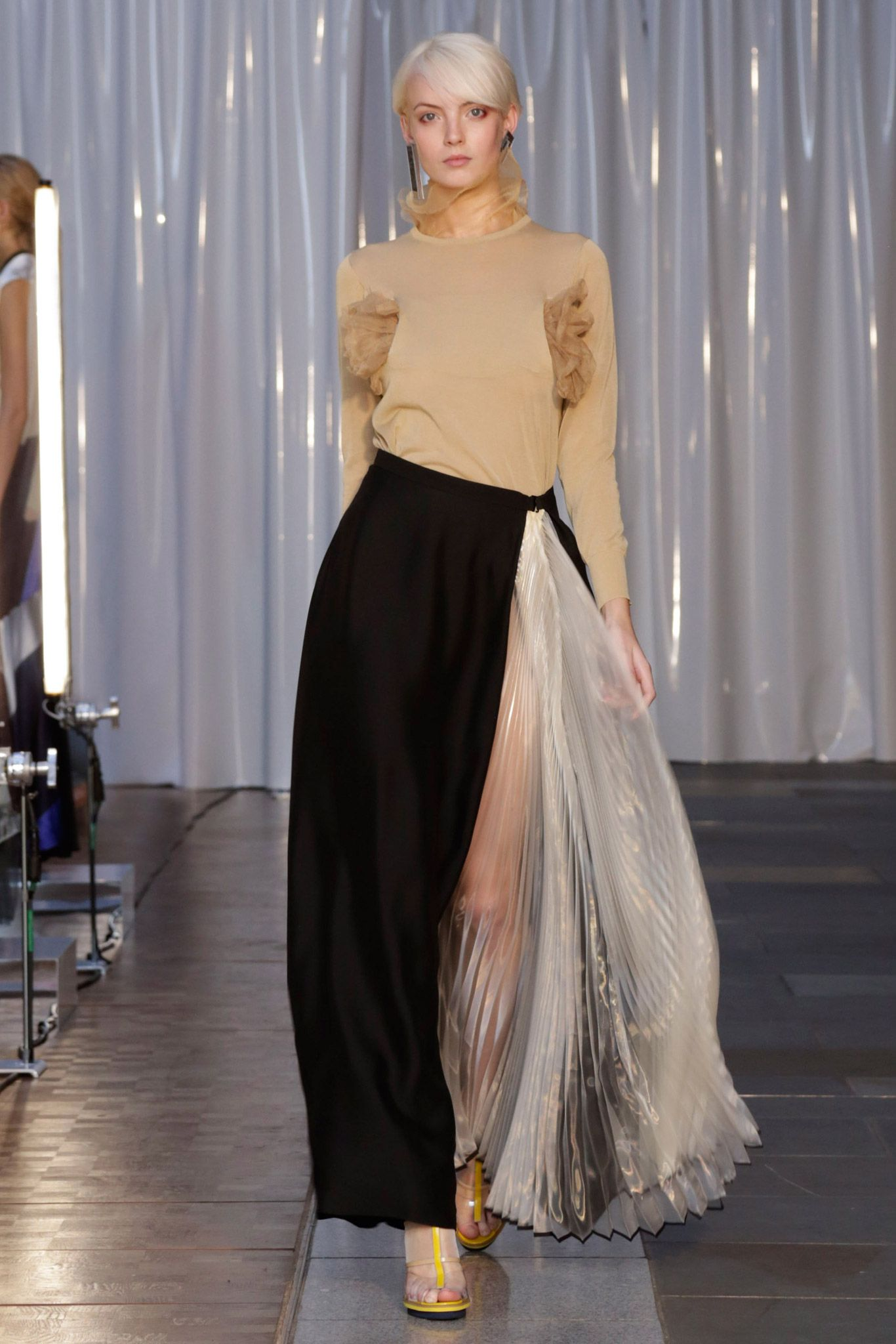 Spring 2015 Ready-to-Wear - Toga