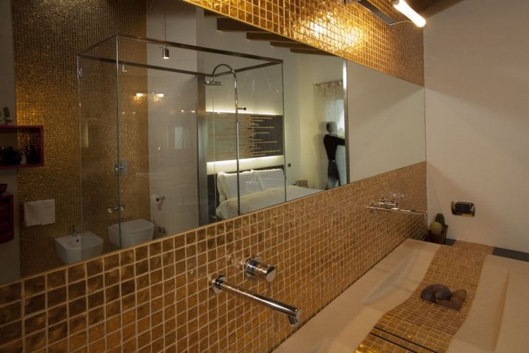#pure #gold #Murrina glass #mosaico #Maria Cristina Andretto #Arhitect Andrea Oliva #Private Residence #Italy #bathroom