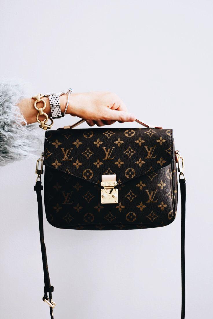 d2309993da93 Womens Fashion Louis Vuitton Handbags 2019 New LV Handbags Outlet Deals  Sale Lowest Price From Here.