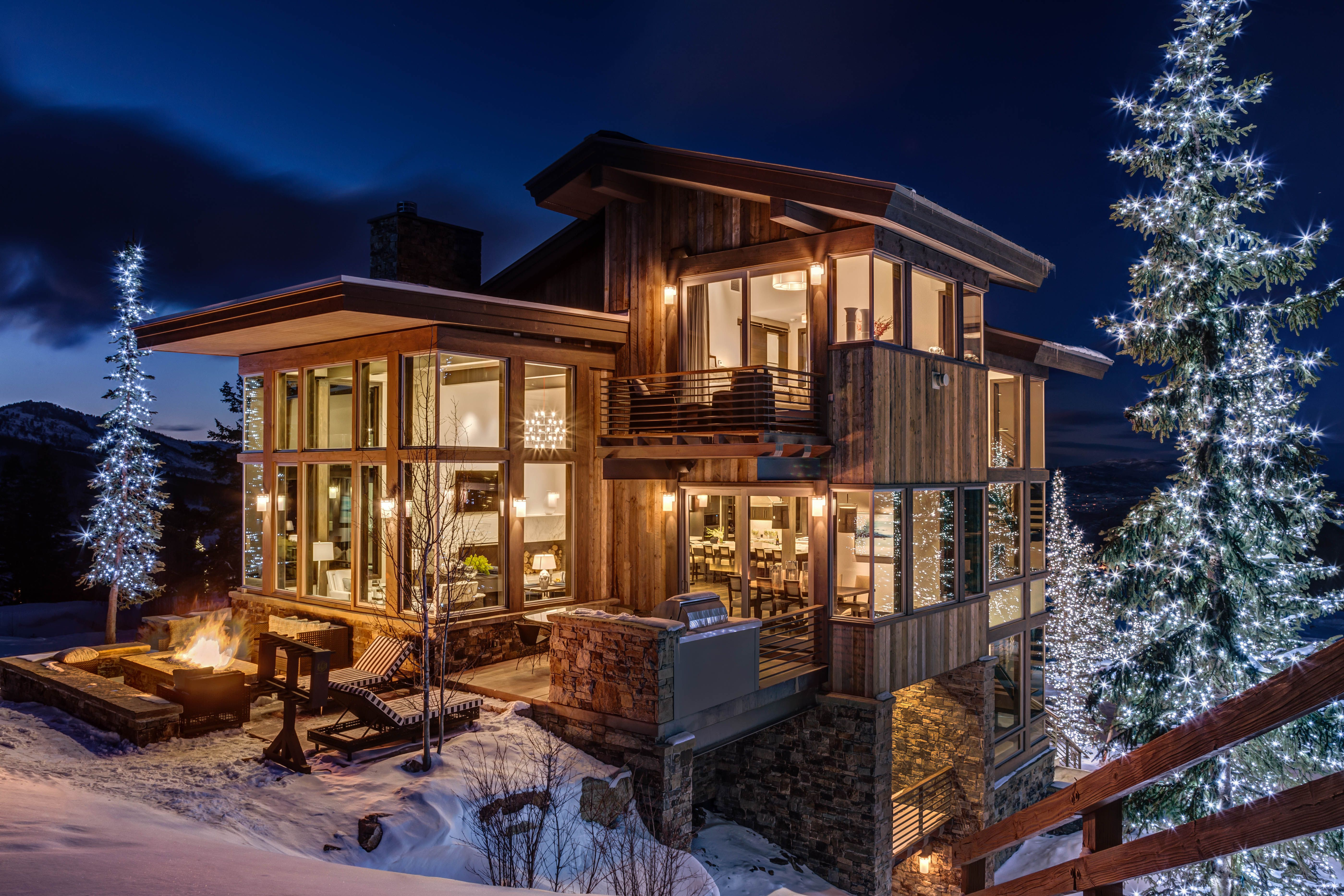 Great contemporary mountain home by magelby construction