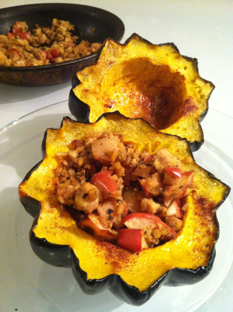 Apple Stuffed Acorn Squash Bet This Would Be Good With Ground