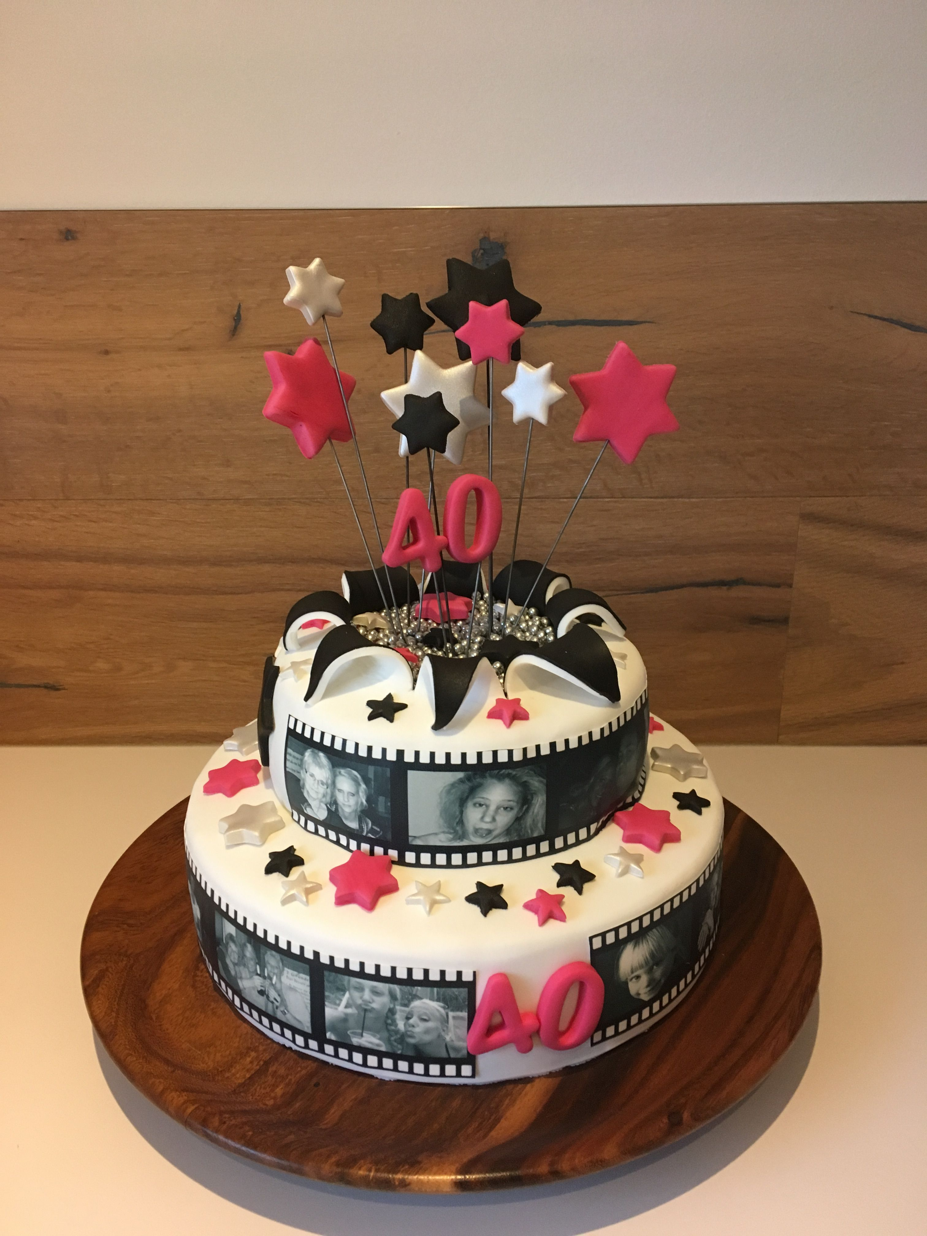 40 Geburtstag Torte Mit Fotoband Sternen Feuerwerk Motivtorte Filmband Fotos Geburtstag Torte Geburtstagstorte Motivtorte Geburtstag