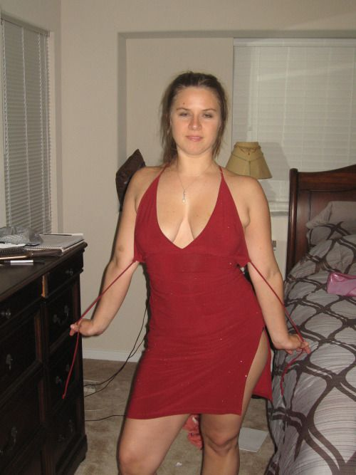 Amatur hot wife nice dress 4