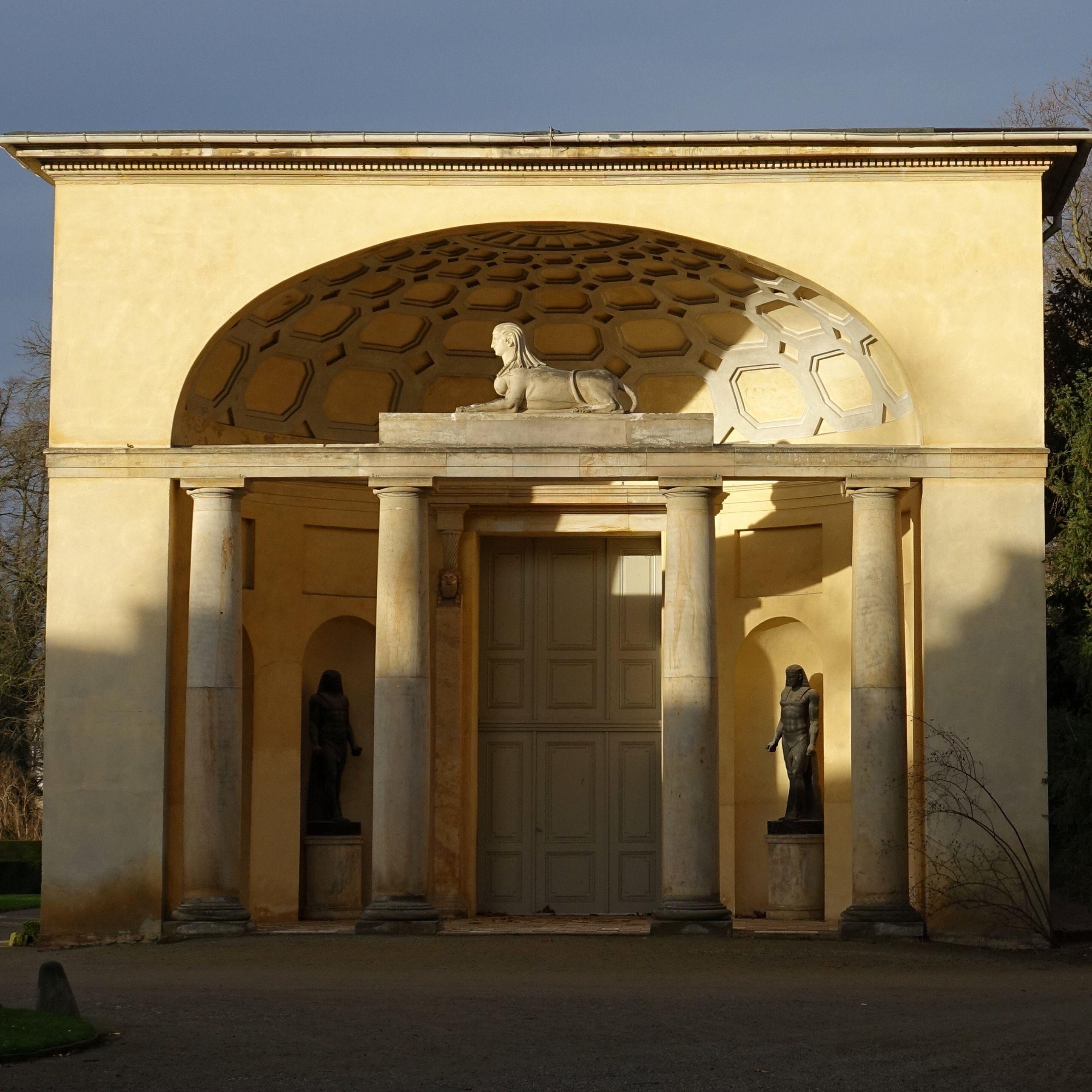 Potsdam Deutschland Neuer Garten Orangerie Potsdam Reiseziele Sehenswurdigkeiten