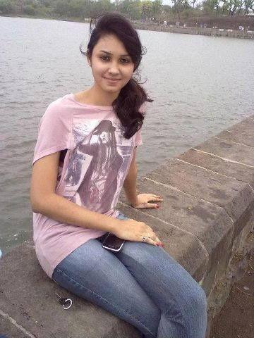 Telugu College Girl Ke Nude Photos WhatsApp Se Leak