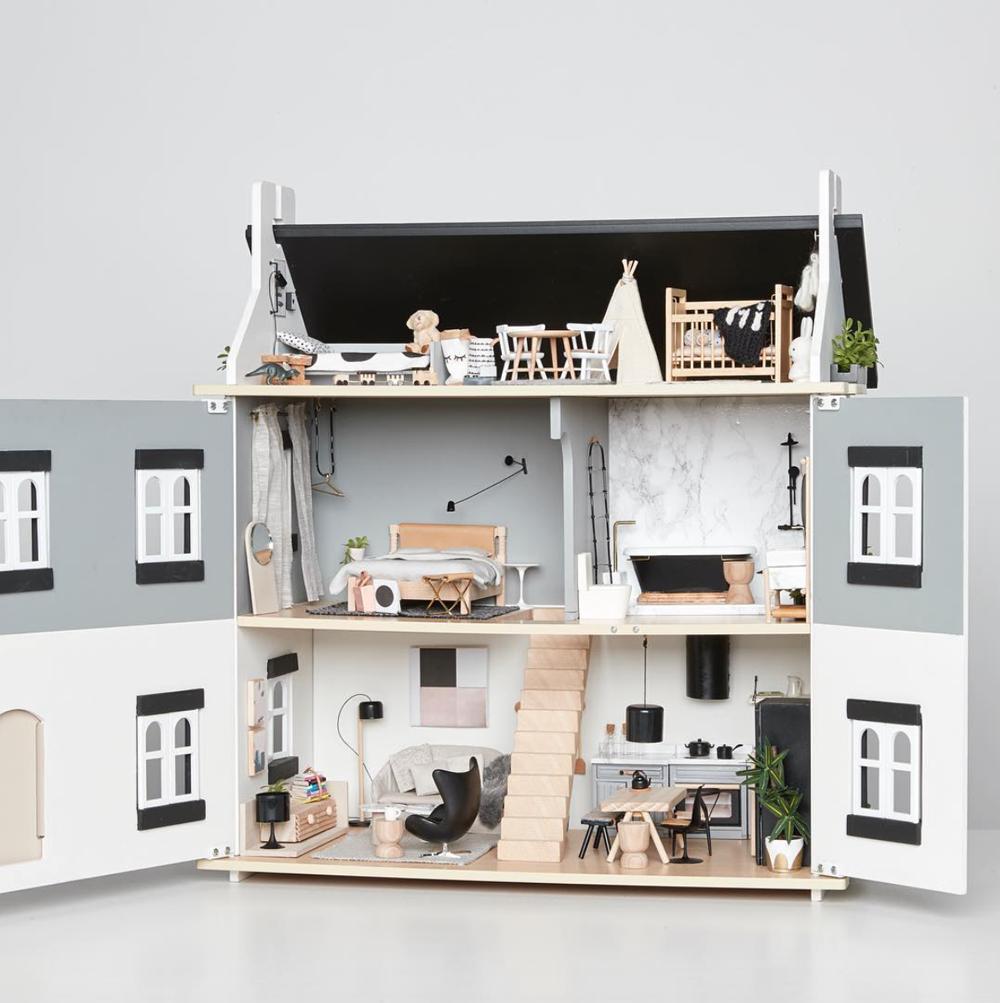 Case delle bambole moderne giochi per grandi houses for Case grandi moderne
