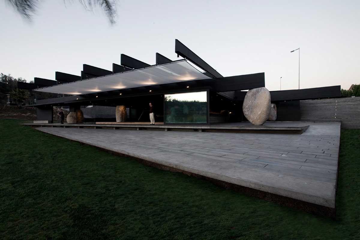 Mestizo Restaurant in Santiago by Smiljan Radic
