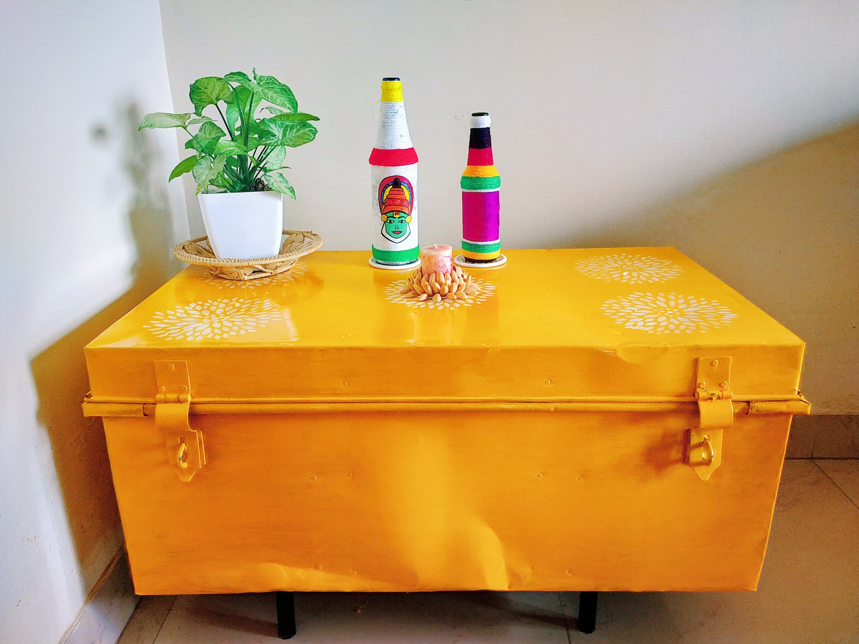 How to upcycle an old trunk metal trunk makeover home