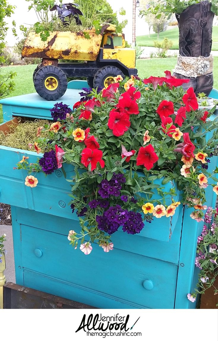 10 creative container ideas .... for people who love the container ...