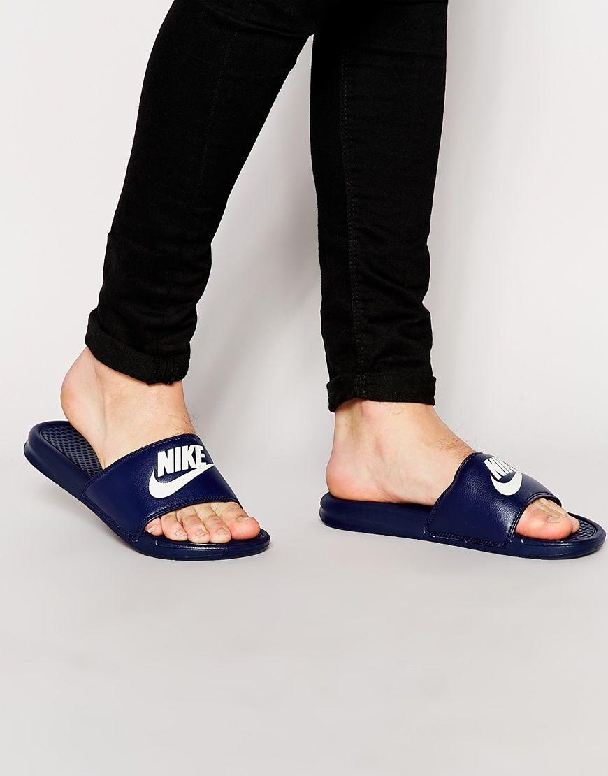Nike - Benassi JDI - Mules - Bleu marine 343880-403 at asos.com