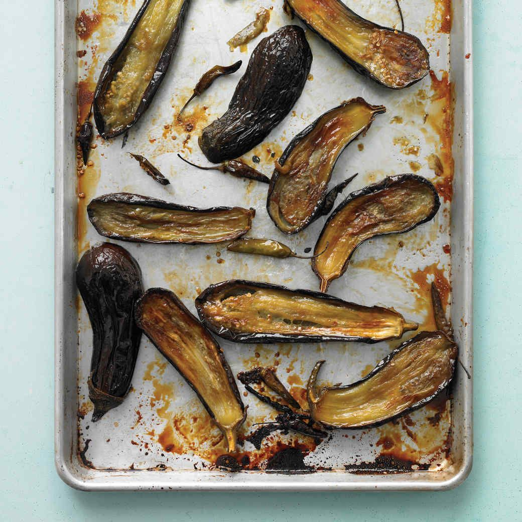 20 Creative Vegetarian Eggplant Recipes: Honey-Roasted Eggplant With Chiles