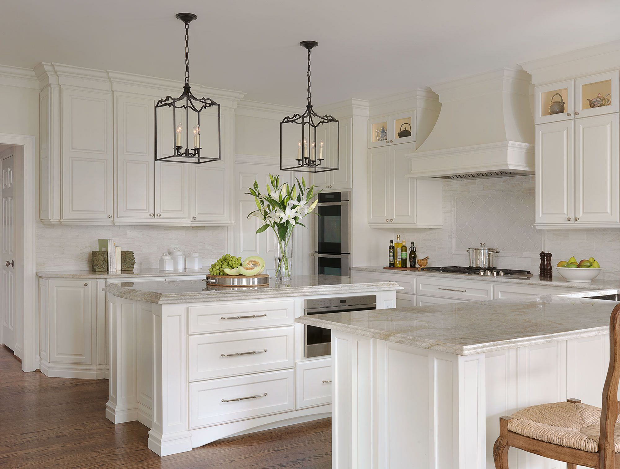 15 awesome classic white kitchen cabinets ideas you have to