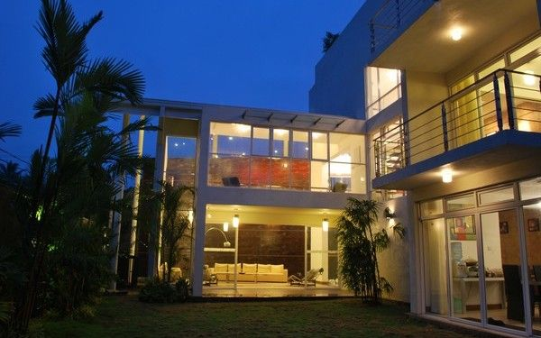 stunning residence in sri lanka by architect channa horombuwa 11