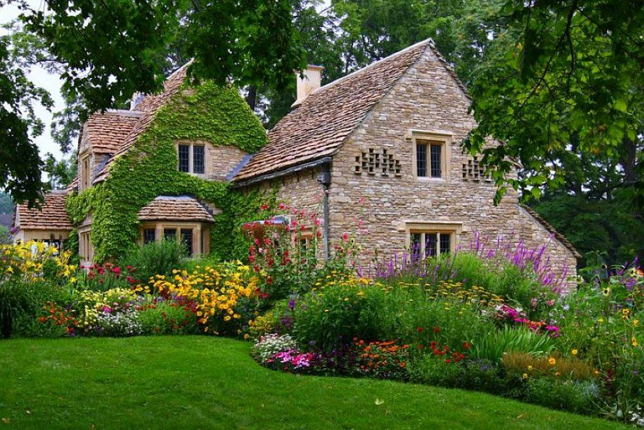 Beautiful English Cottage Garden And Cottage Schone Zuhause Hutten Im Englischen Stil Cottages England