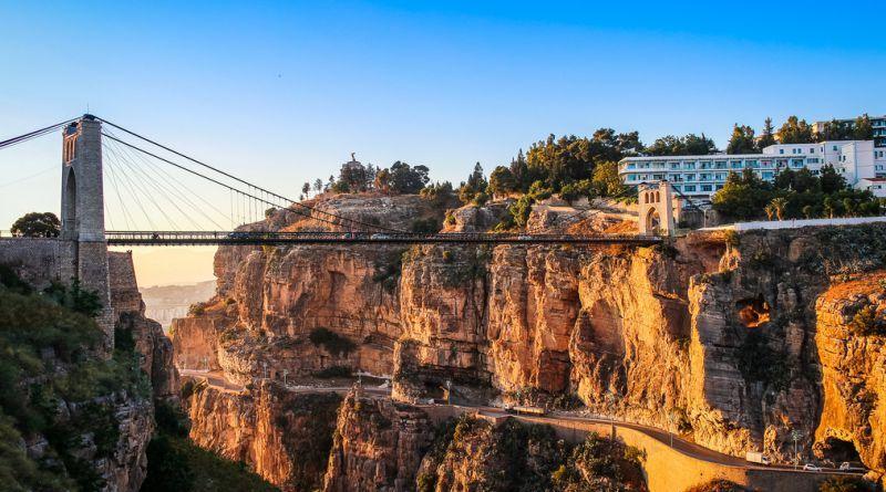 جسر سيدي مسيد المعلق بمدينة قسنطينة في الجزائر Algeria Travel Constantine Picturesque