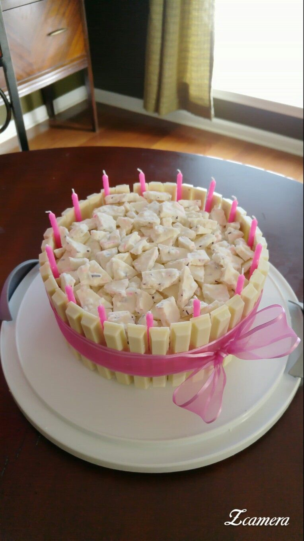 my kit kat cake white kit kats with raspberry white chocolate bark