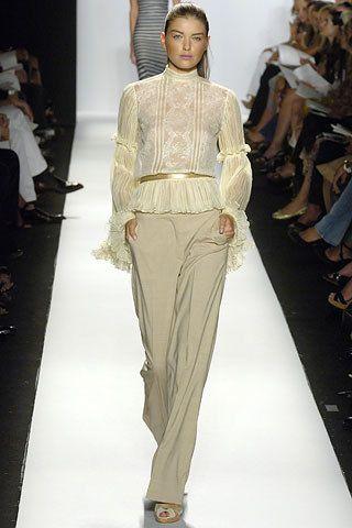 Oscar de la Renta Spring 2006 Ready-to-Wear Collection Photos - Vogue