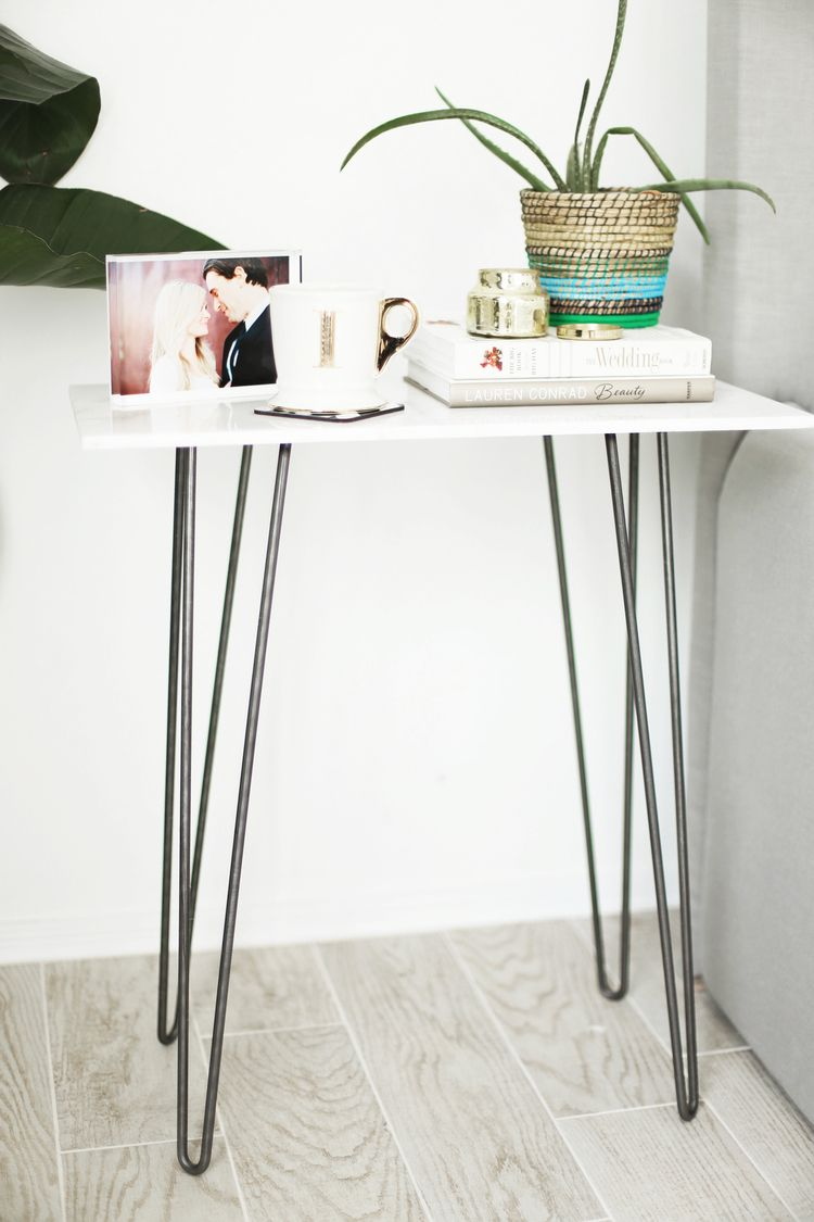 The One Step Marble Side Table Kristi Murphy Diy Blog Diy Side Table Bedside Table Diy Diy Table Design