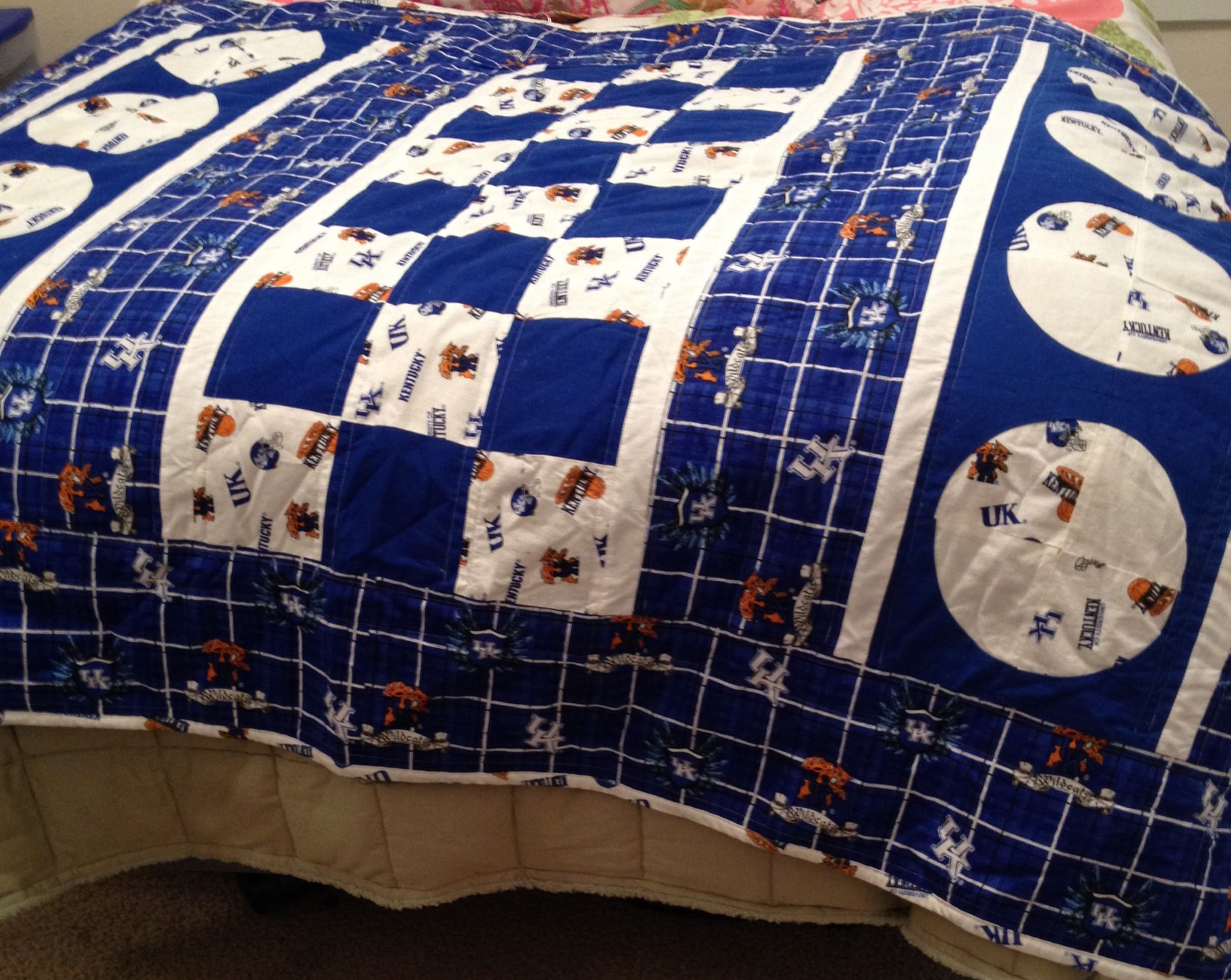 University of Kentucky quilt. Made by Tina Neathery of Quilting in ... : university of kentucky quilt - Adamdwight.com