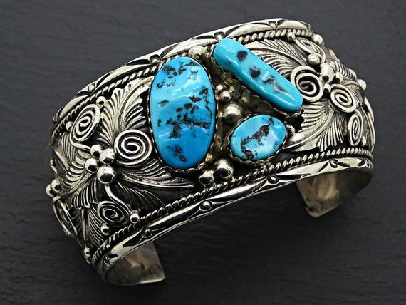 601b72fb13ecf Big boy silver bear claw cuff navajo turquoise coral bracelet 1652 ...