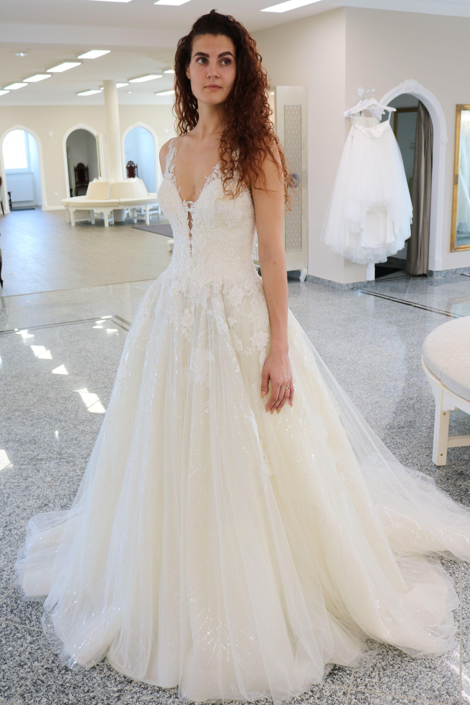 Das perfekte Brautkleid für Frauen, die gern mal Prinzessin sein
