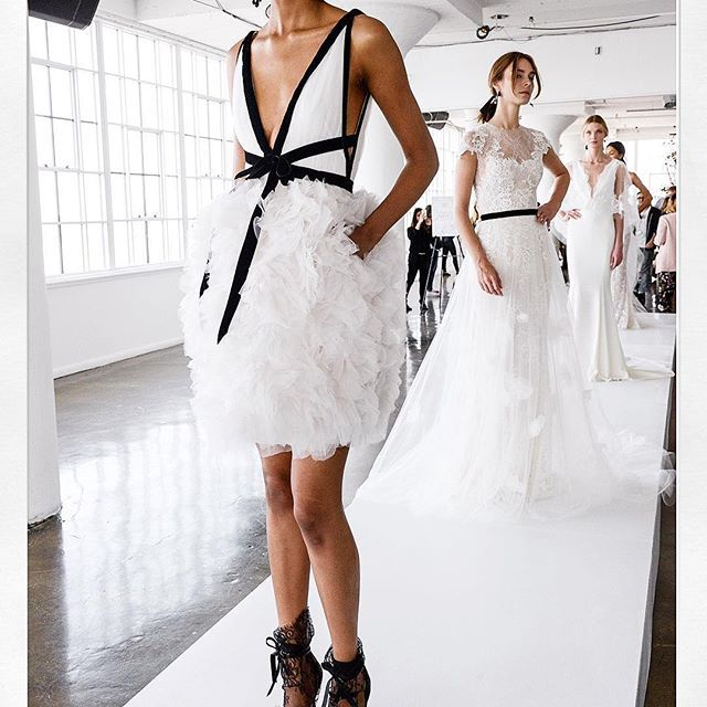 (2º one) An exclusive look into today's Marchesa Couture Bridal Presentation!! #marchesa #marchesabridal @georginachapmanmarchesa @kerencraigmarchesa