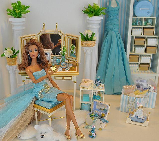 Barbie Room: Barbie Bedroom And Barbie