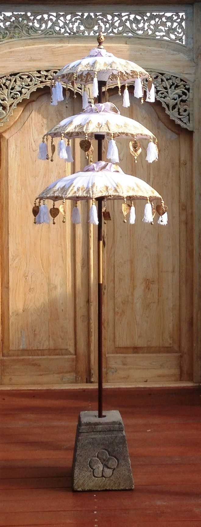 umbrellas bali mystique spirit of bali pinterest bali ombrelle et moucharabieh. Black Bedroom Furniture Sets. Home Design Ideas