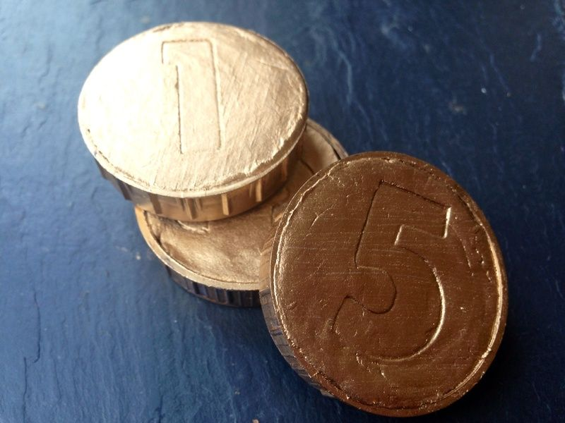 Homemade gold coins, DIY gold coins, DIY treasure, how to