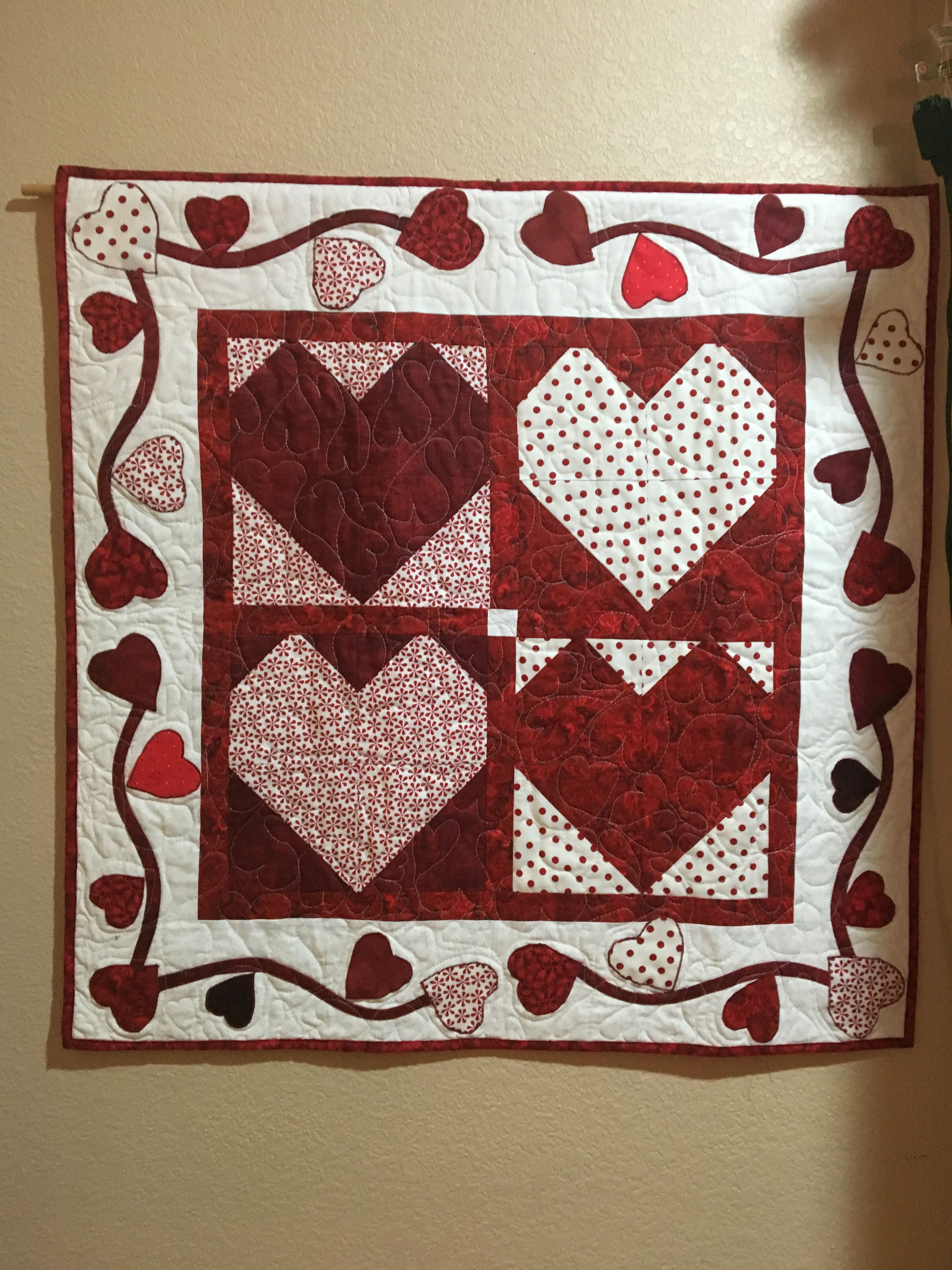 Valentines Day Wall Hanging Msqc Pattern Wall Hanging Pattern Quilts