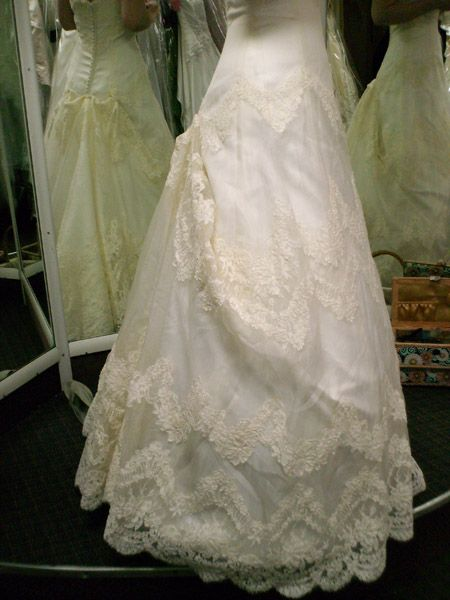 looking for a pretty and simple bustle, so far this is my fave, but ...