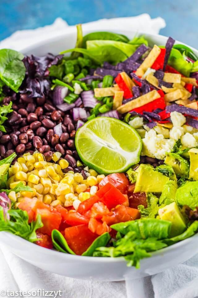 Vegetarian Taco Salad Recipe with Avocado Lime Dressing {Easy Dinner Idea} #tacosalad