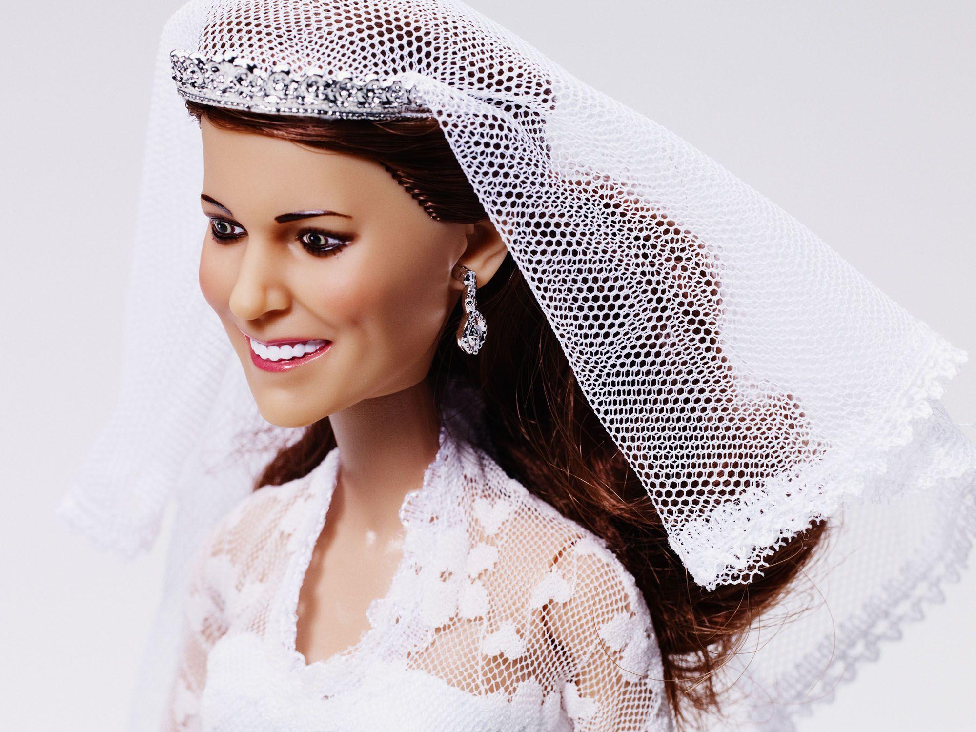 Closeup Of Robinson Pelham Earrings And Tiara Arklu Royal Wedding Dolls:  Prince William And