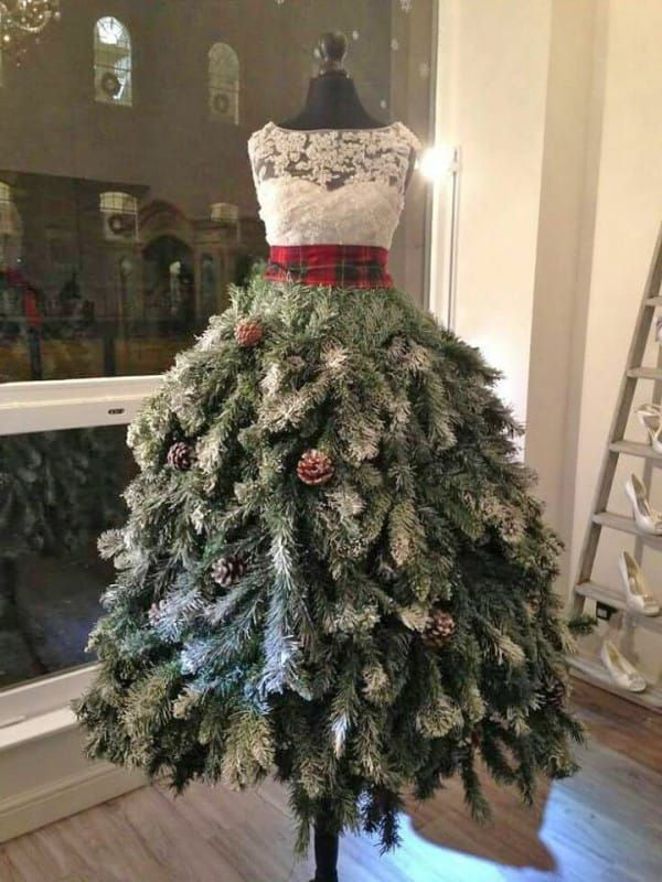 Use An Old Dress Form To Create Stunning Christmas Decor Creative Christmas Trees Dress Form Christmas Tree Christmas Tree Dress
