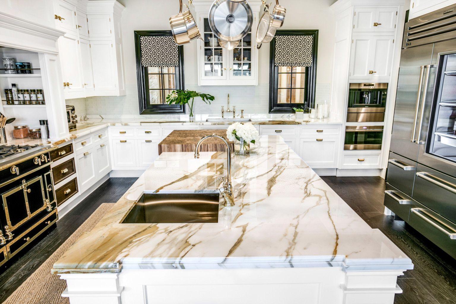 Traditional Calacatta Gold Borghini Extra Marble Kitchen Aria Stone Gallery Kitchen Marble Calacatta Gold Diy Kitchen Countertops