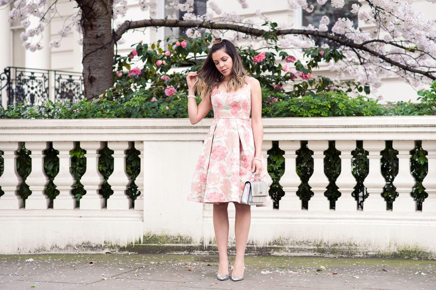 Notting hill london spring season maggy london dress