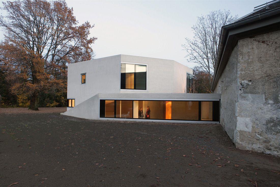 House in Frontenex / Charles Pictet Architecte
