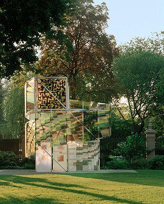 rethinking building facades | smartwrap | shelter, lighting, information in 3mm